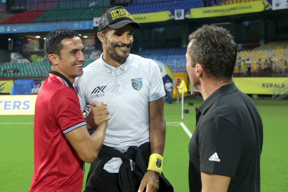 Isl 2018 Kerala Blasters Sack Coach David James