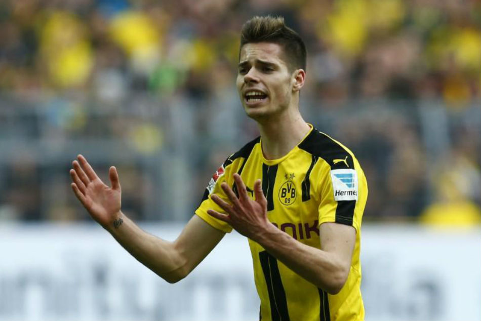 Roma Contact Borussia Dortmund Julian Weigl