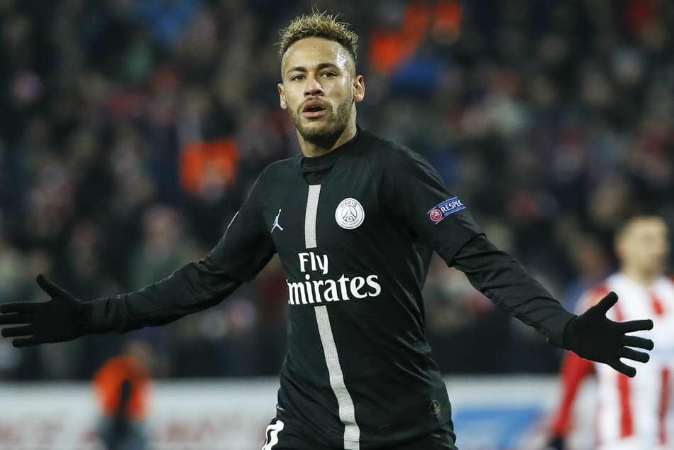 47ce4cc0e325 Neymar scored a brace to help PSG claim top spot in Champions League Group C