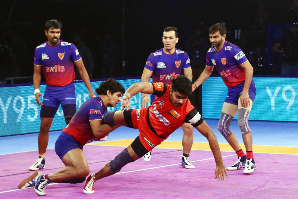 Pkl Dabang Delhi Snatch Win From Bengaluru Bulls