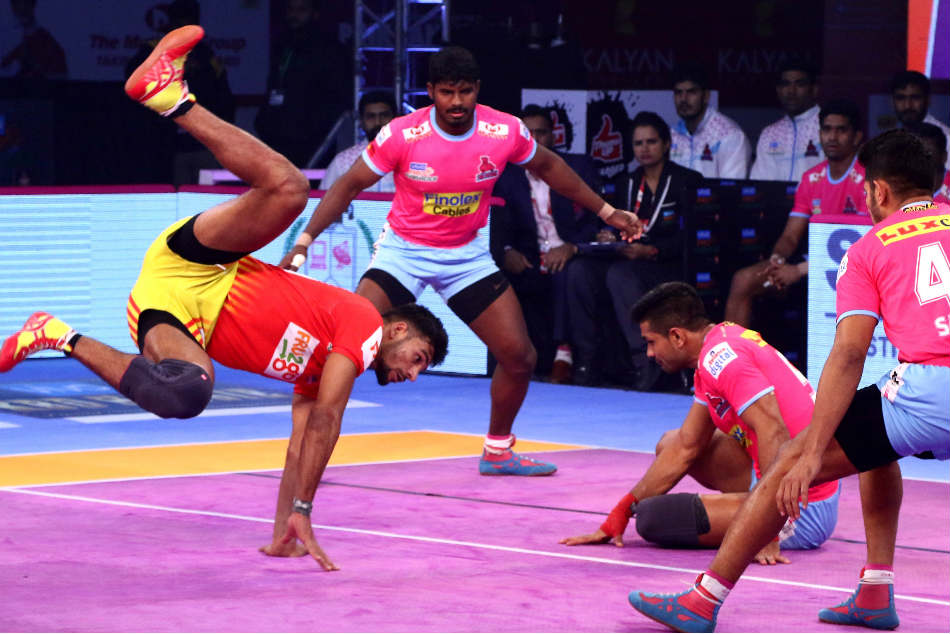 Pkl Gujarat Fortunegiants Beat Jaipur Pink Panthers
