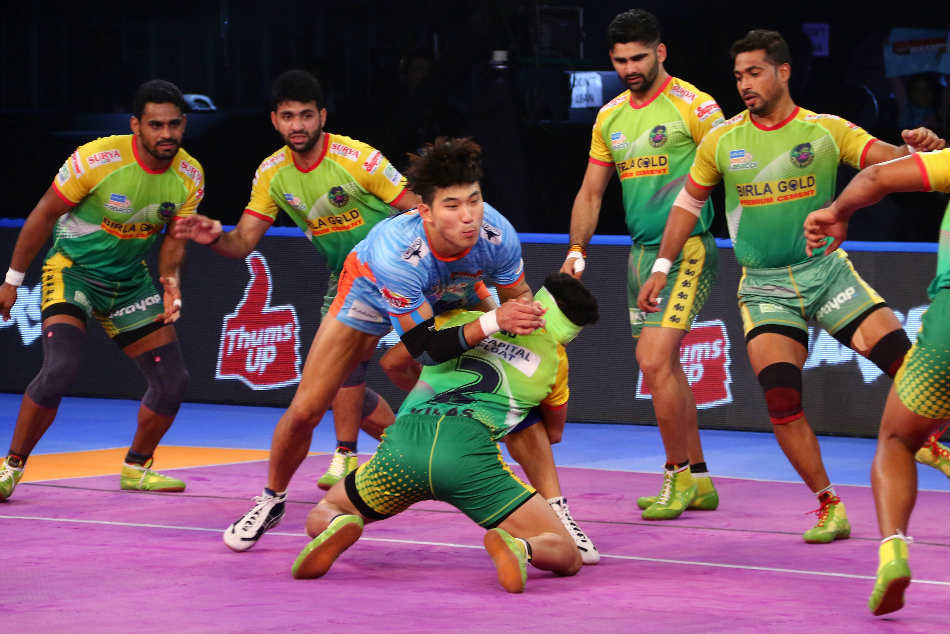 Pkl Bengal Warriors Hammer Patna Pirates