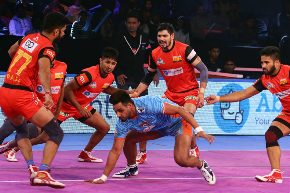 Pkl Bengal Warriors Beat Bengaluru Bulls 37