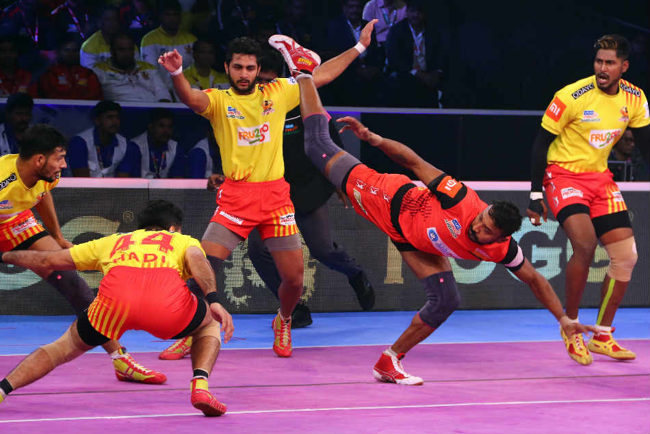 Pkl Bengaluru Bulls Thrash Gujarat Fortunegiants Enter The Final