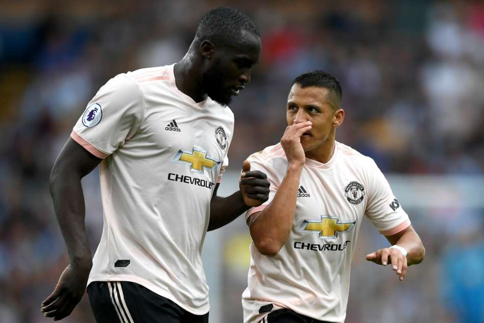 Romelu Lukaku and Alexis Sanchez have given a challenge by coach Ole Gunnar Solskjaer
