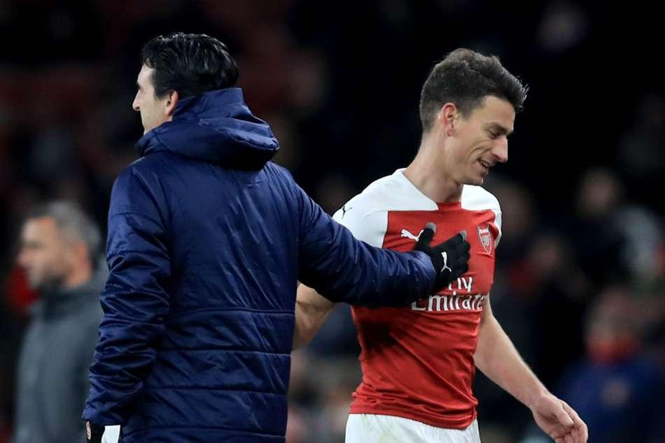 Unai Emery Arsenals Centre Backs Laurent Koscielny