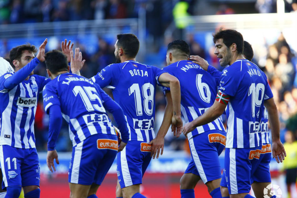 Alaves continued their impressive run in La Liga