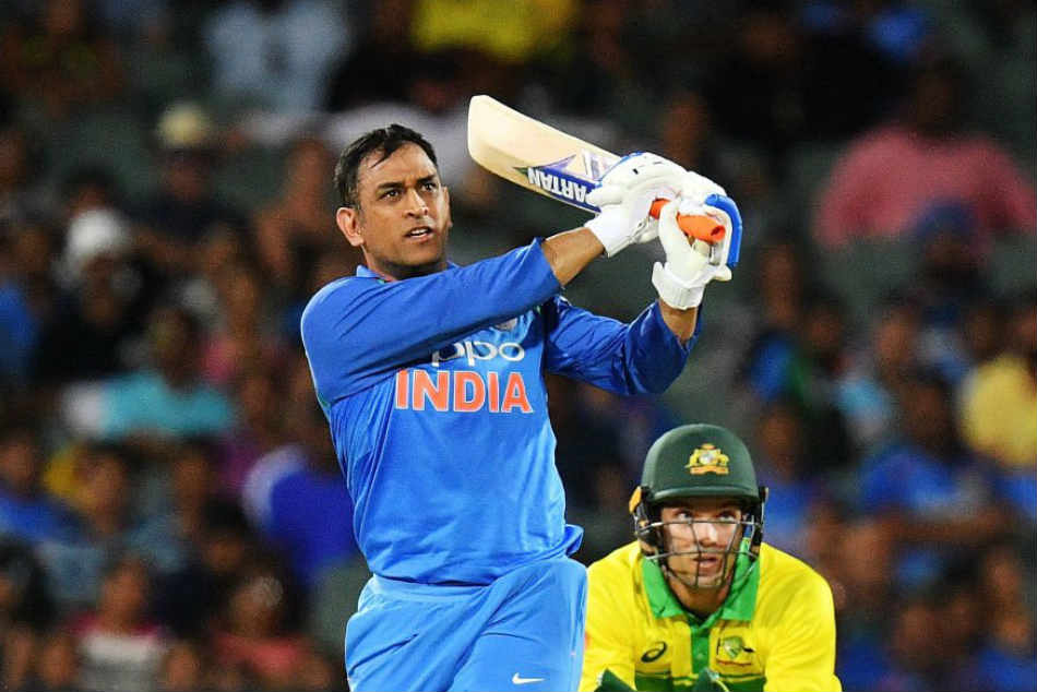 Dhoni Can The Machine Man Turn The Clock Back In World Cup Year