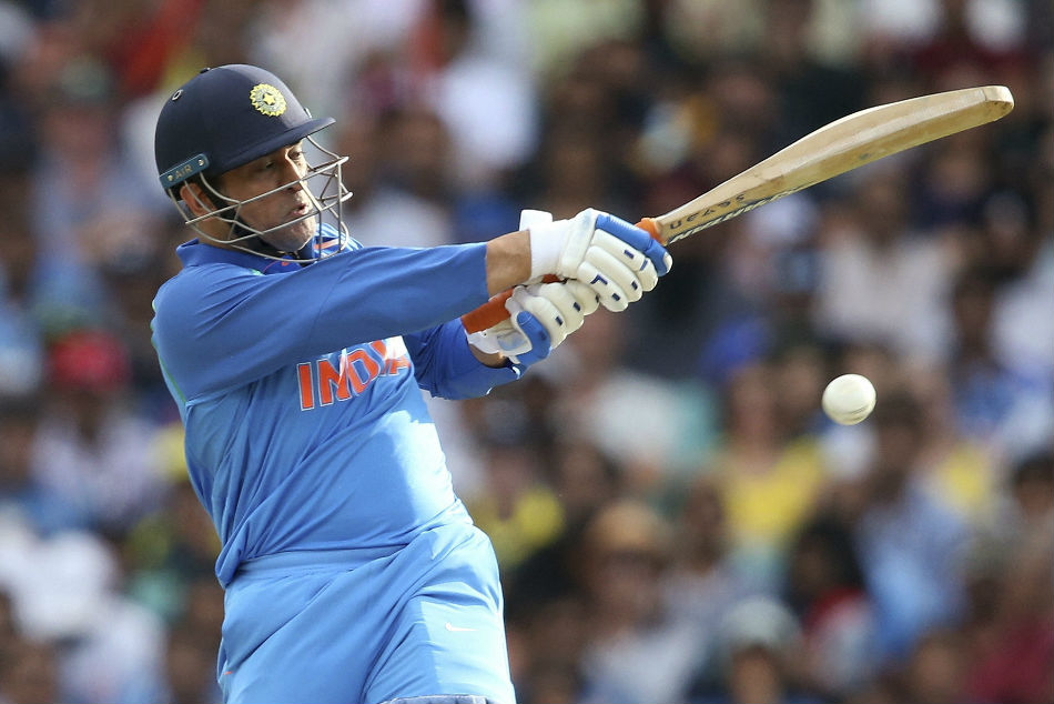 Dhoni Is Still World S Best Odi Finisher Chappell