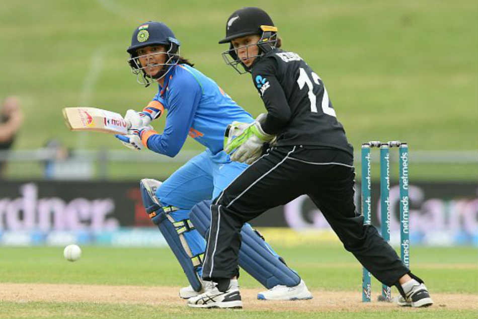 Smriti Mithali Sparkle As India Eves Clinch Series Against Nz