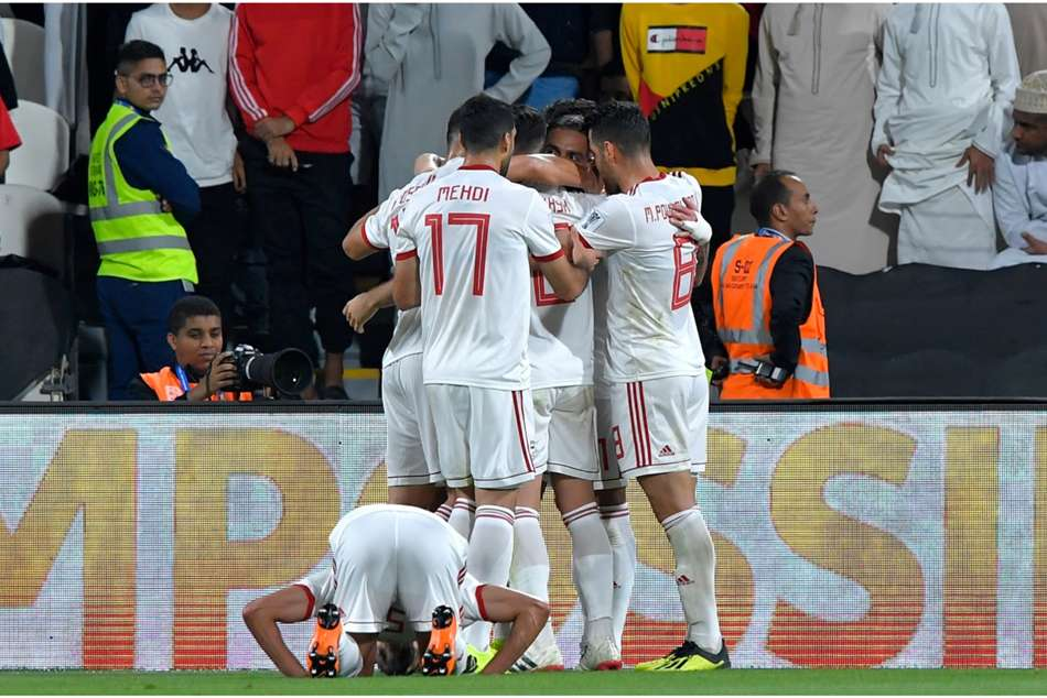 Afc Asian Cup Iran 2 Oman 0 Jahanbakhsh Dejagah Secure Last Eight Spot