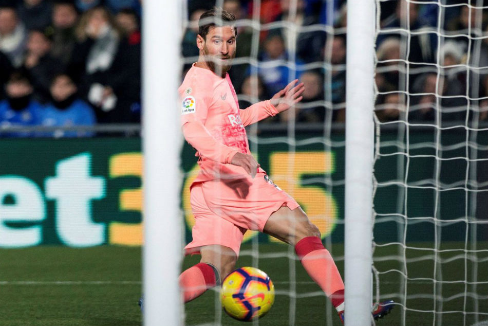 Messi Helps Barcelona Stretch La Liga Lead Real Slip Furthe