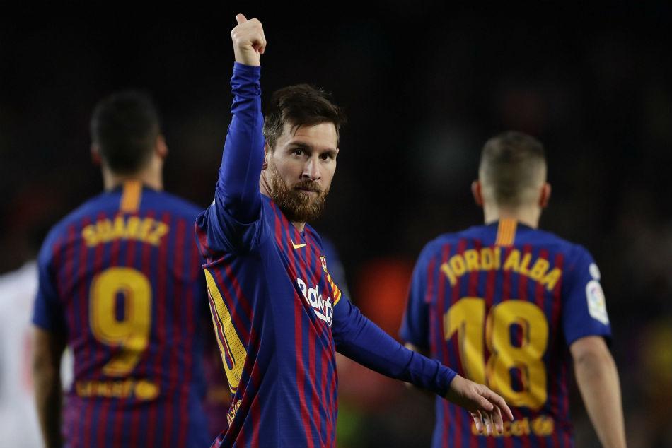 Messi Comes Barcelona S Rescue La Liga