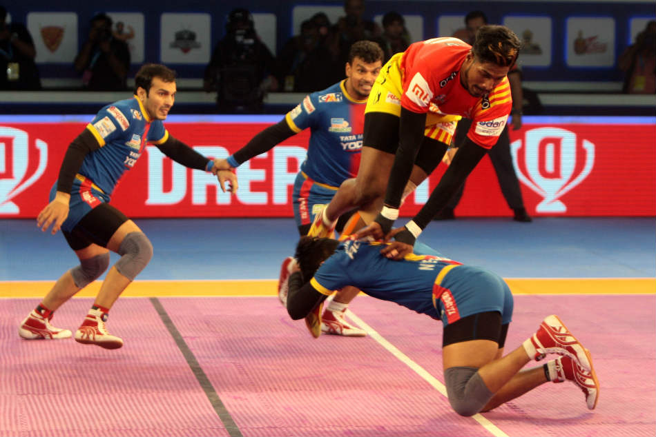 Pkl Gujarat Fortunegiants Set Up Final Clash With Bengaluru Bulls