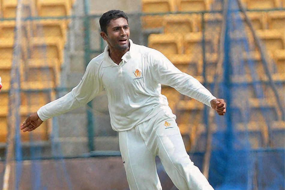 Karnataka Lose 3 Wickets Chase 184 Ranji Quarters