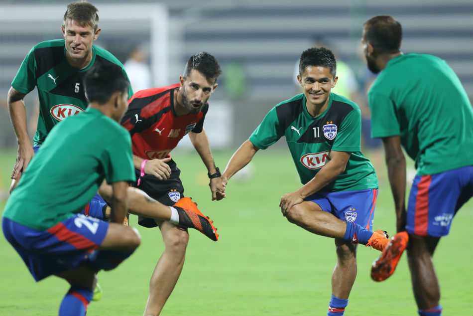 Isl Preview Where Watch Live Streaming No Love Lost As Ch
