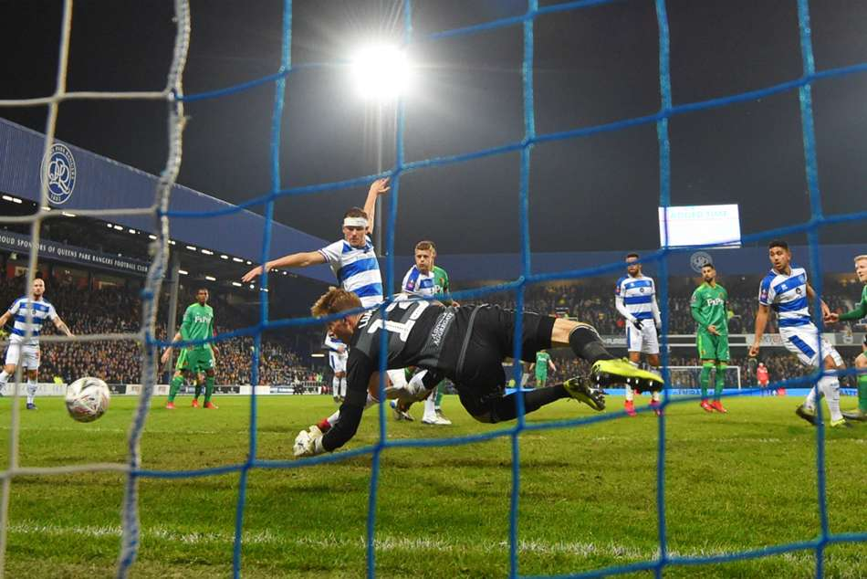 Qpr 0 Watford 1 Capoue Strike Secures Quarter Final Berth