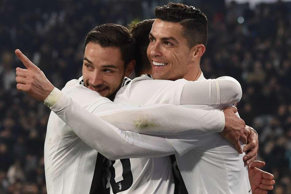 Juventus 3 Frosinone 0 Ronaldo Rounds Off Routine Romp