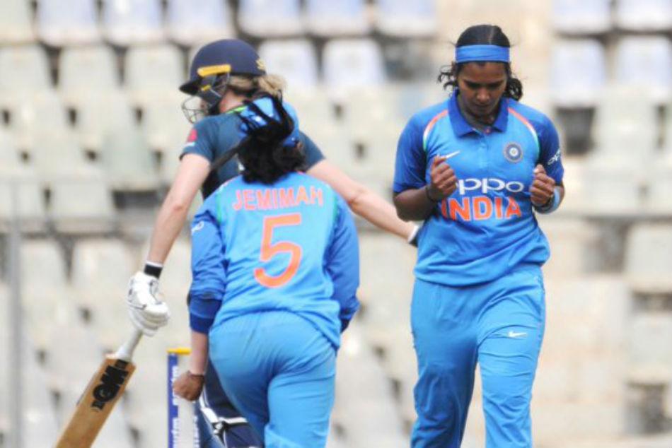India Women Vs England Women Highlights 1st Odi Spinner Ekta Bisht Guides India To 66 Run Win