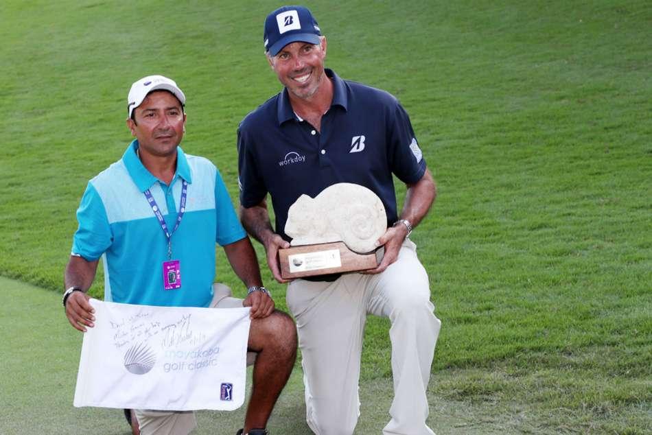 Pga Tour Matt Kuchar Defends Pay Decision Caddie Low Wage Mayakoba Golf Classic Win