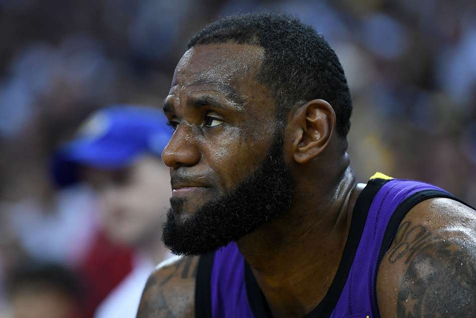 6e0ad859c4d NBA wrap  Lakers fall to Pacers in largest loss of LeBron s career ...