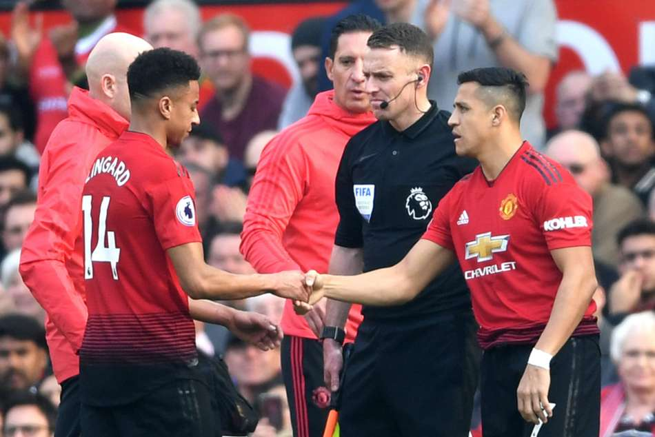 Premier League Wrap Manchester United 0 Liverpool 0 Four Four First Half Injuries Mar Tense Encounte