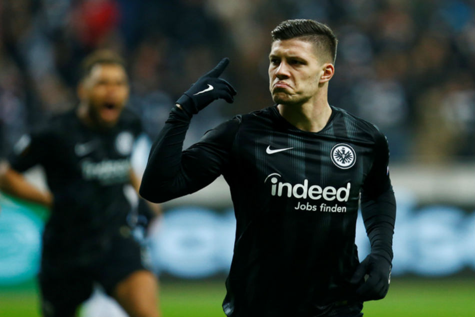 Real Madrid Barcelona Battle It For Luka Jovic