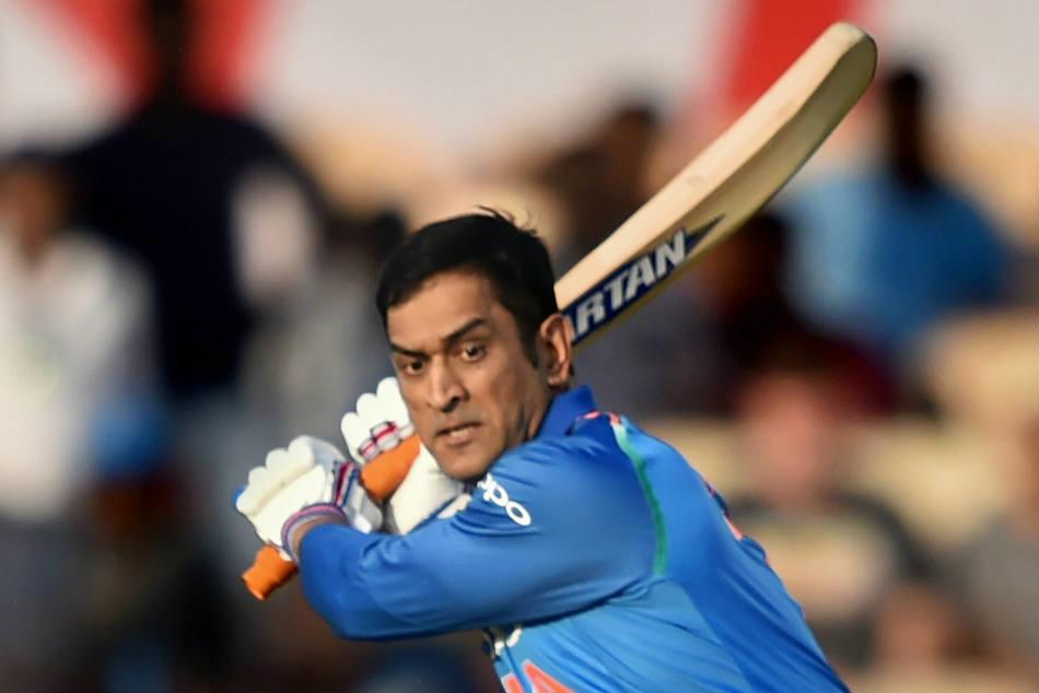 Dhoni Chahal Bhuvneshwar Move Up Icc Rankings