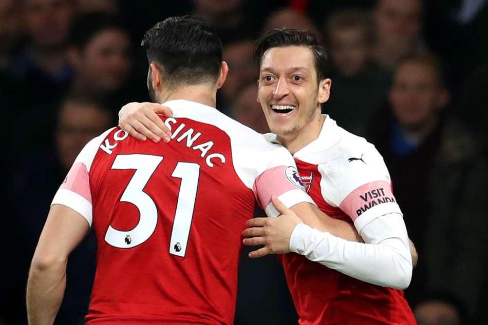 Premier League Arsenal Bournemouth Report Mesut Ozil Henrikh Mkhitaryan
