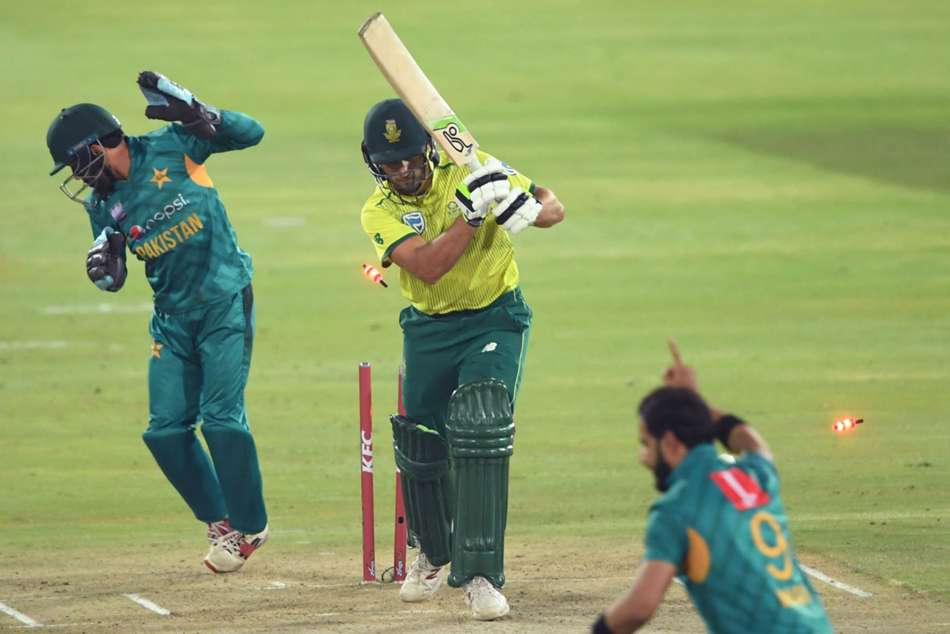 Pakistan earn consolation win in T20 series against South Africa