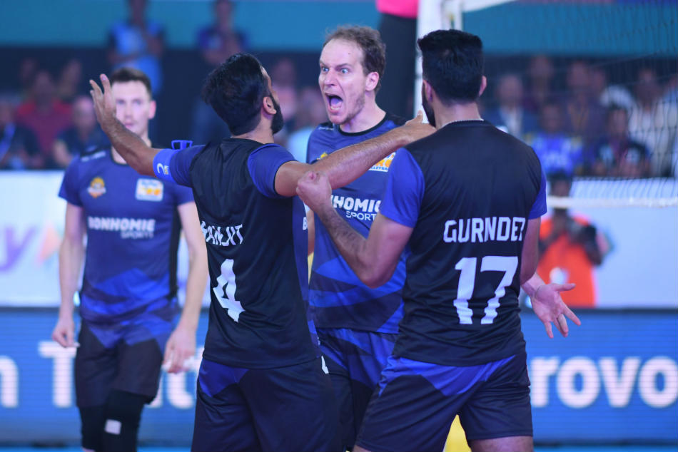 Pro Volleyball League U Mumba Volley Face Ahmedabad Defenders