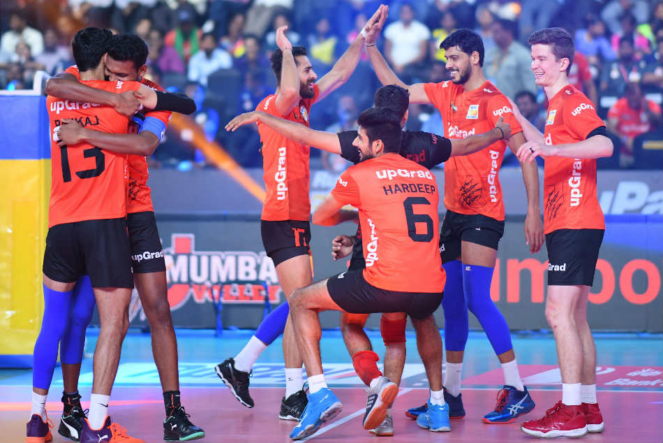 Pro Volleyball League U Mumba Volley Qualify Play Offs Will Face Calicut Heroes First Semi Final