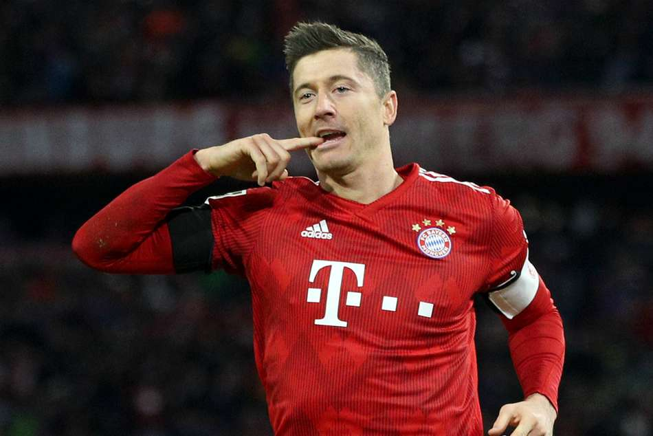 Bundesliga Report Bayern Munich Schalke Champions Capitalise Dortmund Draw