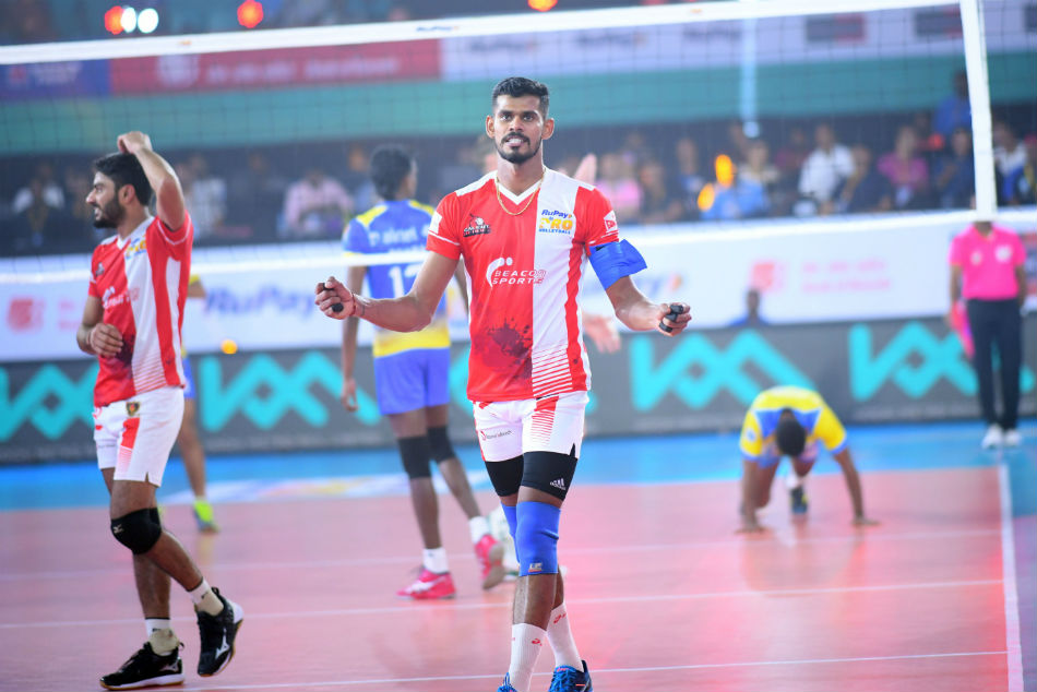 Unbeaten Calicut Heroes Face Ahmedabad Defenders Pro Volleyb