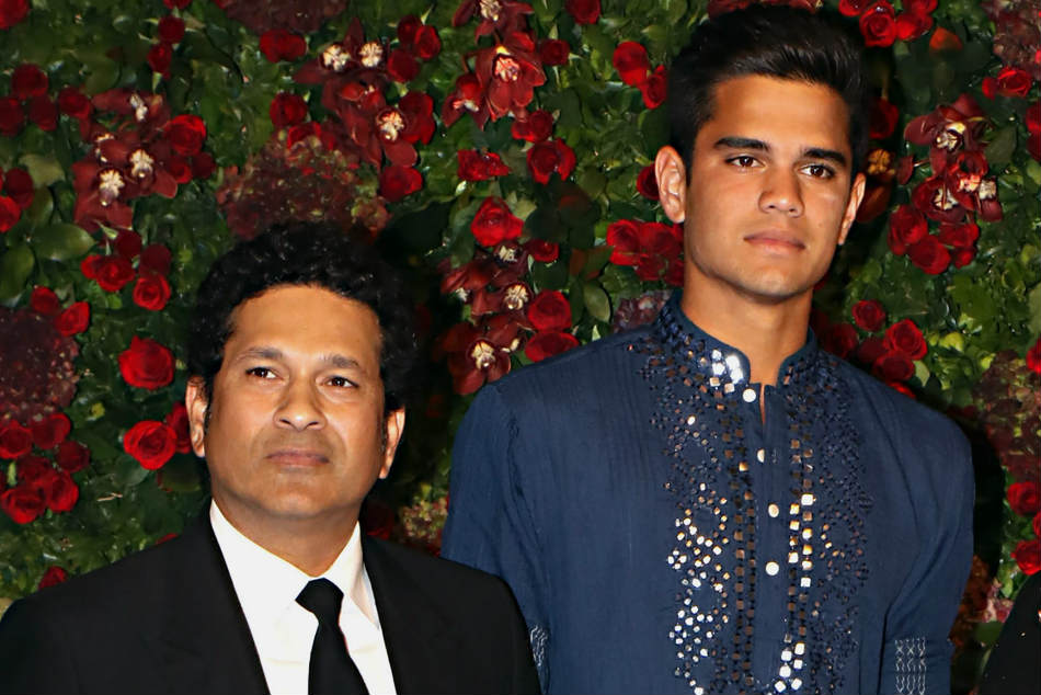 Arjun Tendulkar with his father Sachin