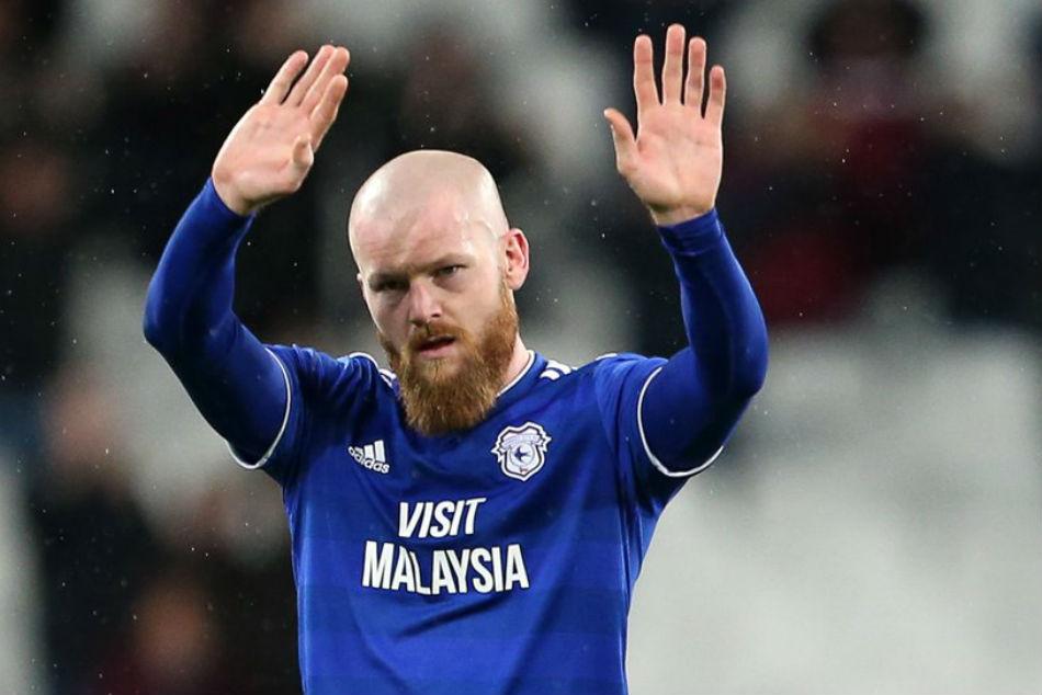 Iceland Captain Gunnarsson Joins Qatar S Al Arabi