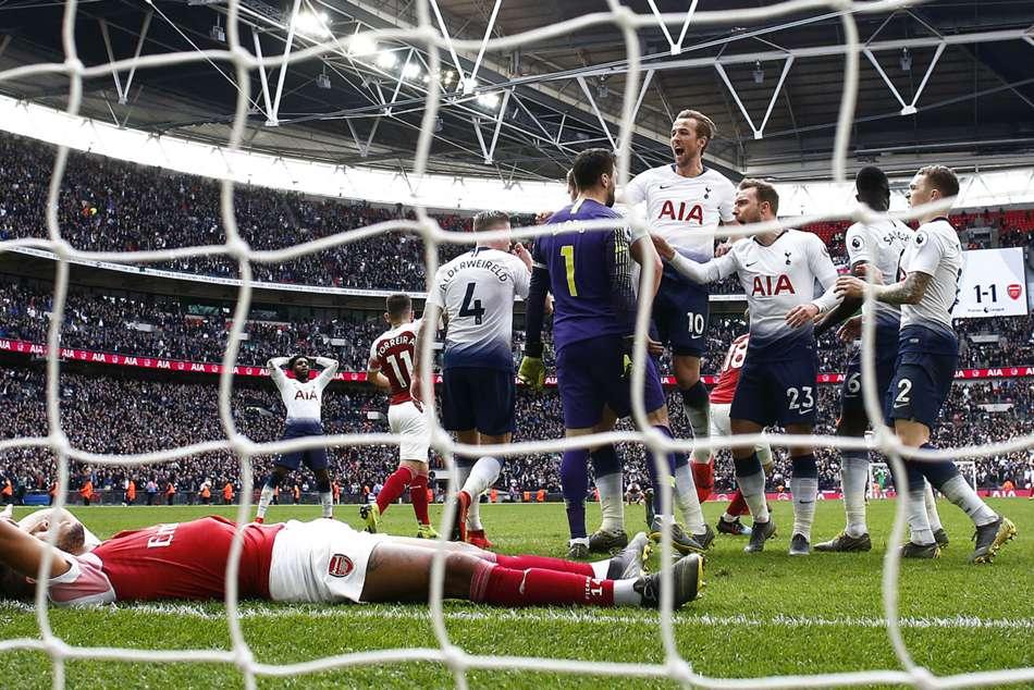 Granit Xhaka Pierre Emerick Aubameyang Has Cojones Arsenal Tottenham North London Derby Penalty Miss Premier League
