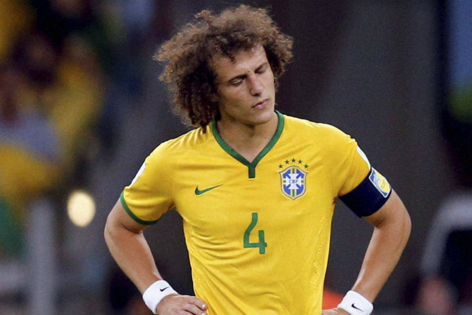 Chelsea to bend their own rules to keep David Luiz as threat of transfer ban looms