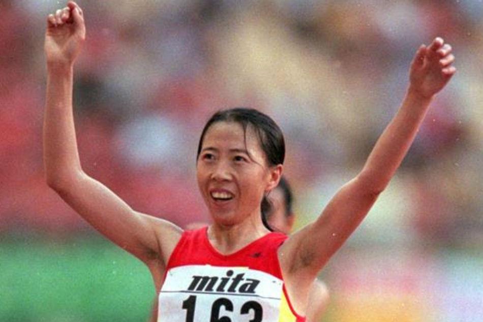 China S Liu Hong Breaks 50km Walk World Record