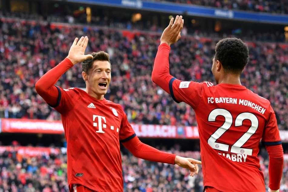Bayern Munich 6 Wolfsburg 0 Lewandowski Record Champions Top Bundesaliga Match Report