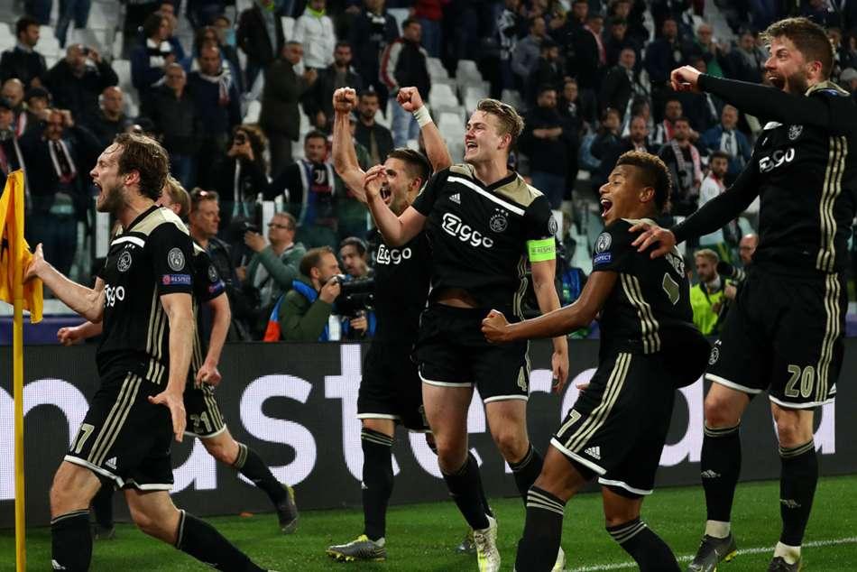 Ajax Fearless Step Ahead Jan Vertonghen Tottenham