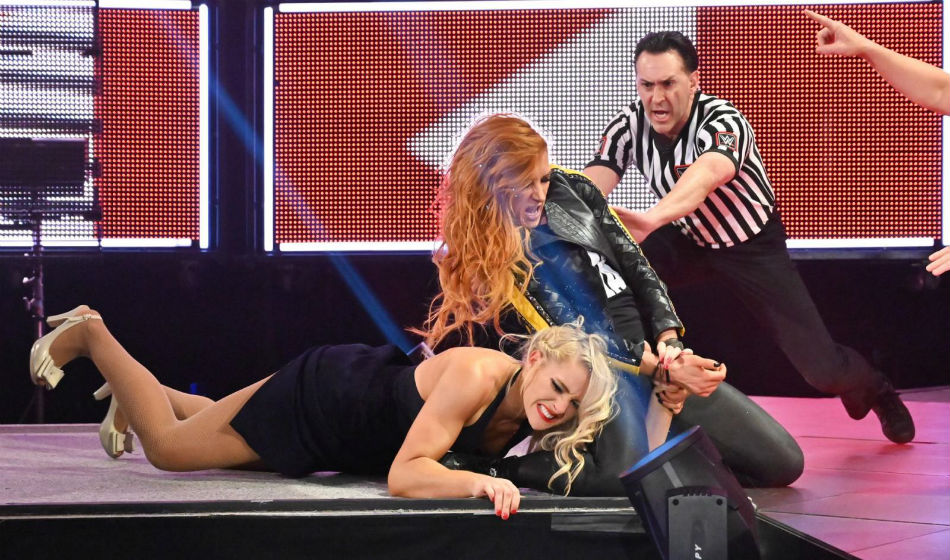 Becky Lynch attempts submission move on Lacey Evans during Raw (image courtesy WWE.com)