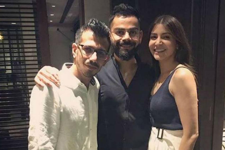 Ipl 2019 Virat Kohli Wife Anushka Sharma Host Royal Challengers Bangalore Teammates For Dinner