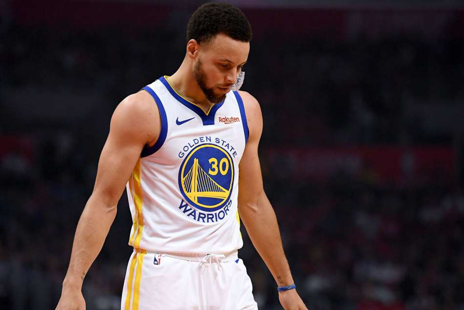 Warriors star Stephen Curry missed eight of his nine nine-point attempts
