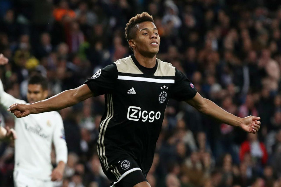 Ajax Star David Neres Refuses To Rule Out Premier League Switch