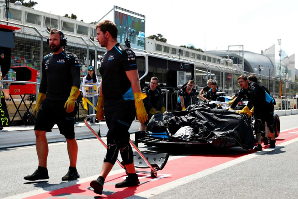 Fp1 Cancelled Baku After Manhole Drama Azerbaijan Grand Prix