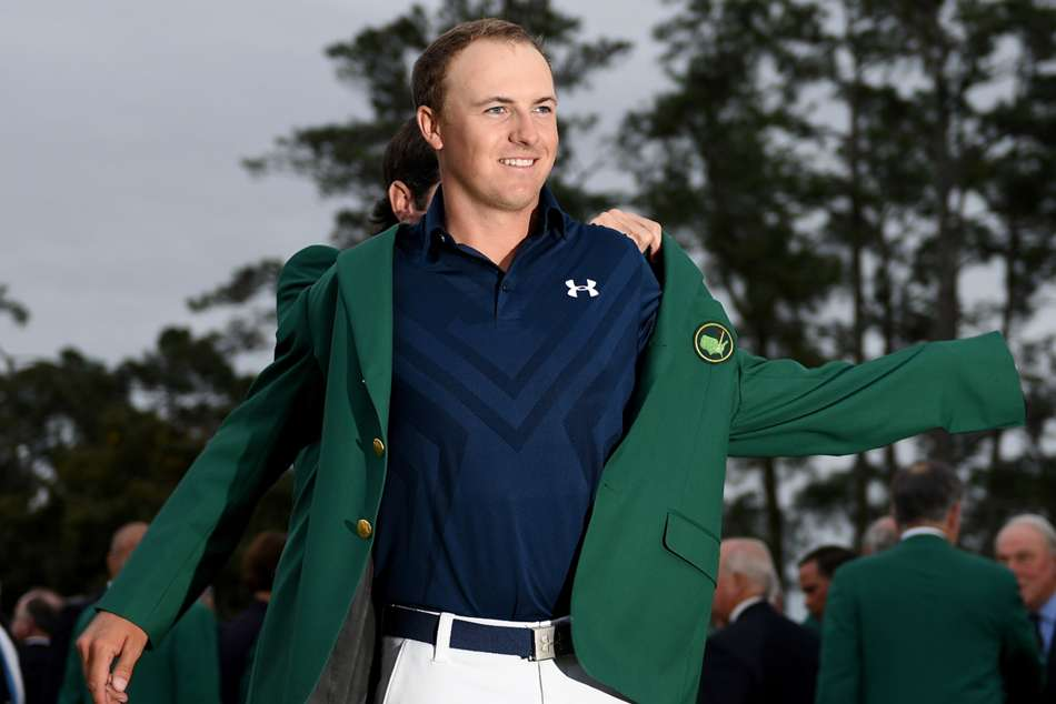 Masters 2019 Augusta Light Can Lead Spieth Out Of The Shadows