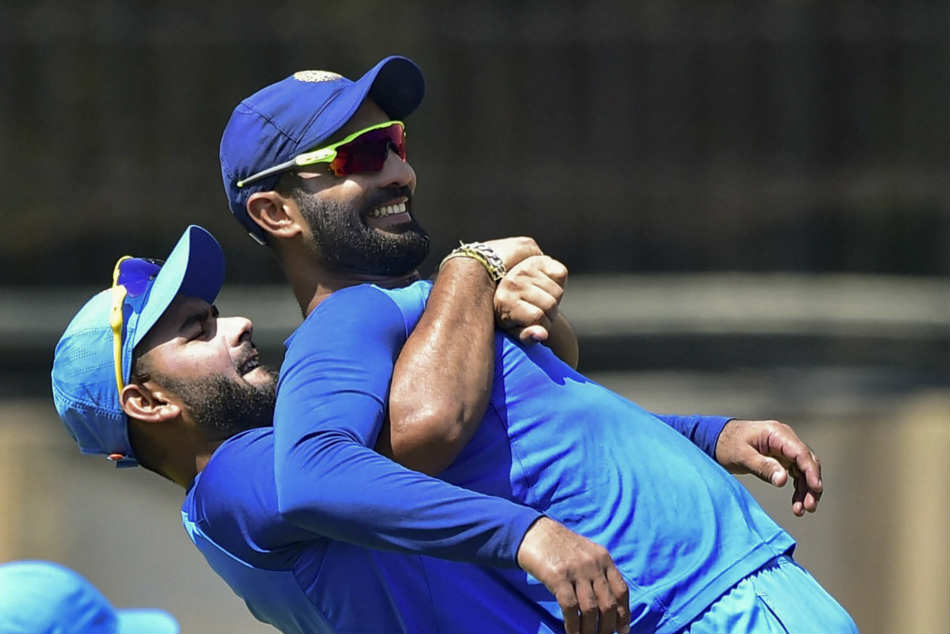 Dinesh Karthik was preferred by selectors over Rishabh Pant