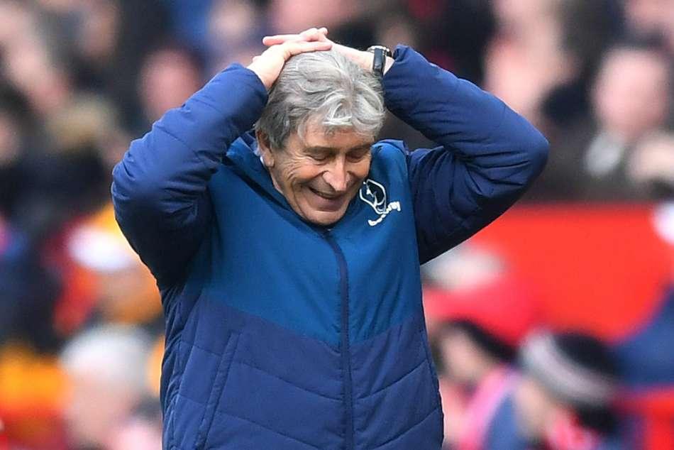 Manuel Pellegrini Var West Ham Manchester United Premier League