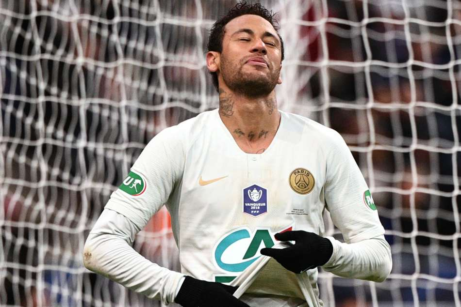 Neymar Lash Out Fan Coupe De France Psg